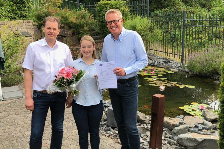BÜSCHER gratuliert zur Abschlussprüfung!
