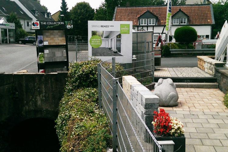 Neuer Zaun für die Gartenausstellung
